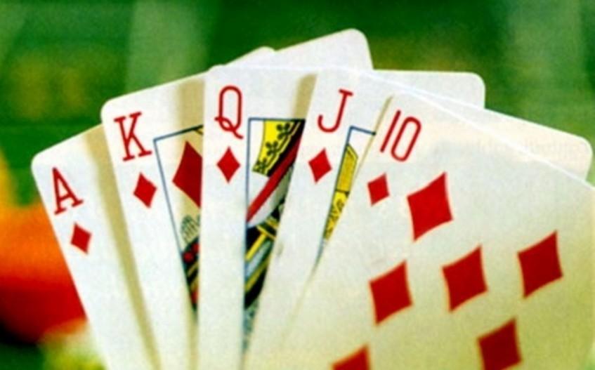 igri-v-karti-na-zhenu