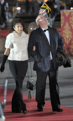 Глава ВТБ Банк Андрей Костин с супругой Натальей Гордеевой перед церемонией открытия Большого театра